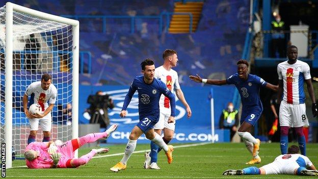 Ben Chilwell scores to put Chelsea ahead against Crystal Palace