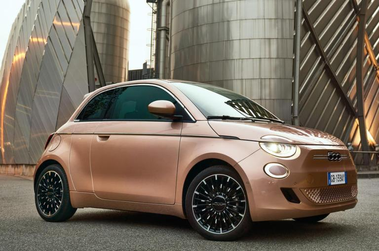 Fiat 500 EV: bosses evaluating 3+1 variant for the UK
