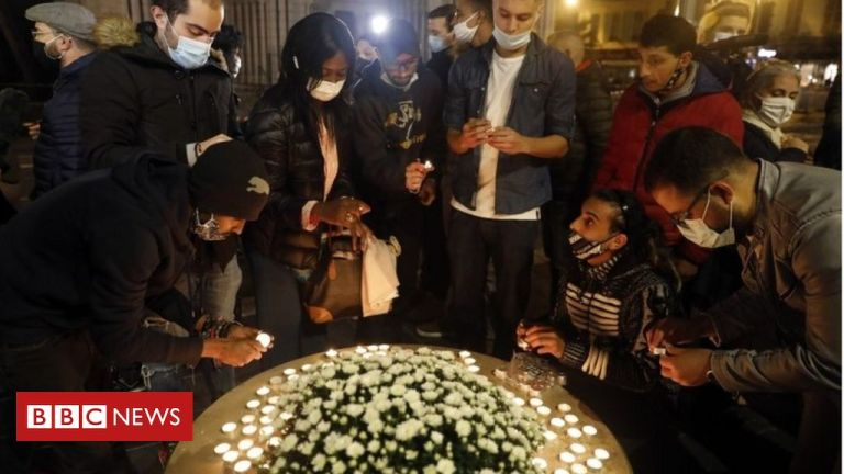 France attack: Nice in mourning after deadly church stabbings