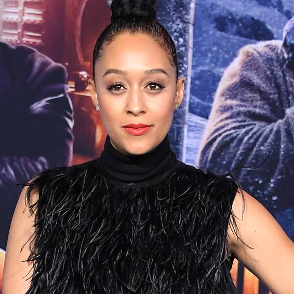 """Why Tia Mowry Says She and Husband Cory Hardrict Have to Schedule """"Sex Dates"""""""