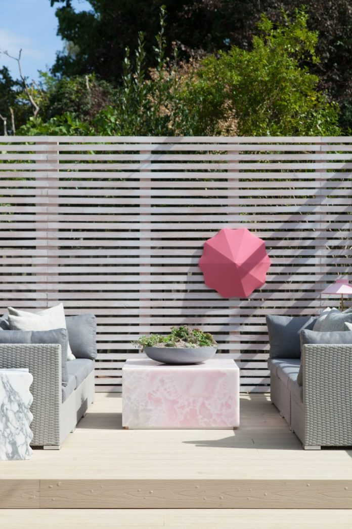 Pink onyx outdoor furniture