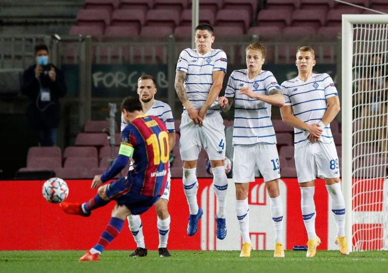 Barca get third win in a row but fail to convince against Dynamo