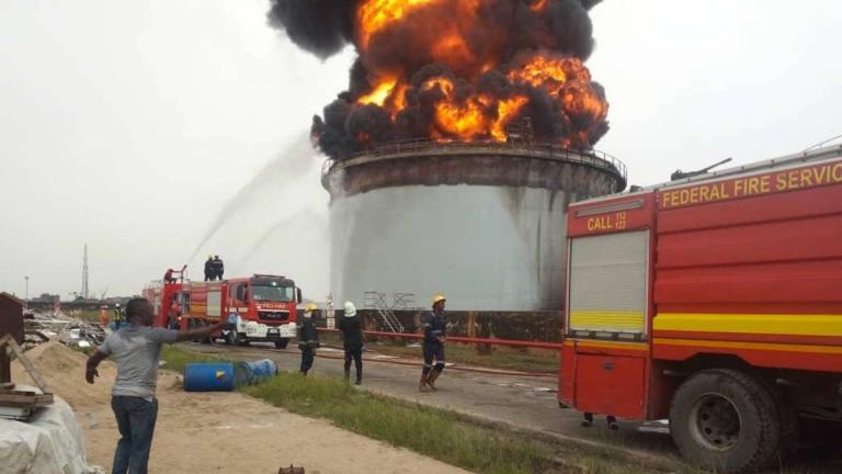 Panic as fire guts Oando tank farm in Lagos