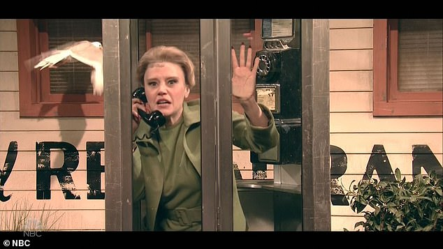 Suspense: Kate McKinnon played Tippi Hedren in a fake deleted scene from The Birds