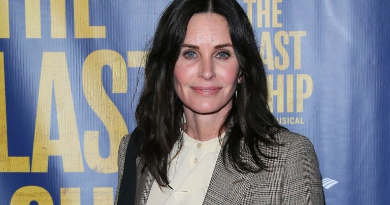 Friends star Courteney Cox unrecognisable after dramatic hair transformation