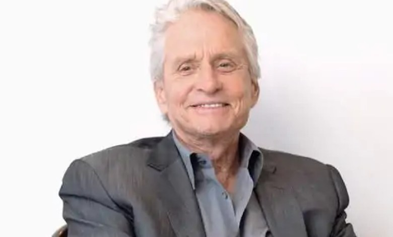 What is the fortune of Michael Douglas?