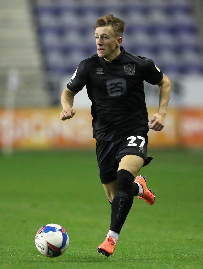 Alex Hurst extends Port Vale contract | NewsChain