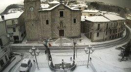 Meteo: la neve cade in Provincia di Isernia e nella Valle del Volturno. Nessuna condizione preoccupante al momento.