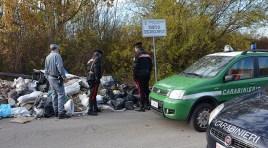 Isernia: I Carabinieri della Forestale in azione per il contrasto alla gestione  illecita dei rifiuti. Elevata una sanzione di oltre 3mila euro.