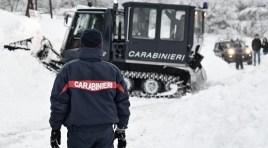 Isernia: Ritorna l'incubo della neve, gelo e vento. I Carabinieri in prima linea nelle operazioni di assistenza e soccorso.