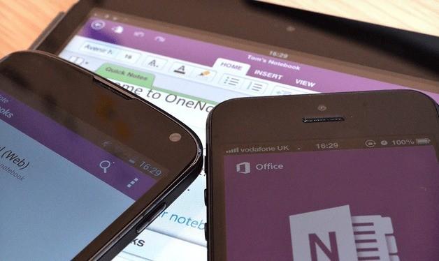 OneNote per Android si aggiorna con supporto al multi-window