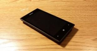 Cosa ci fa un Lumia 520 con Android Nougat 7.1? Incredibile video