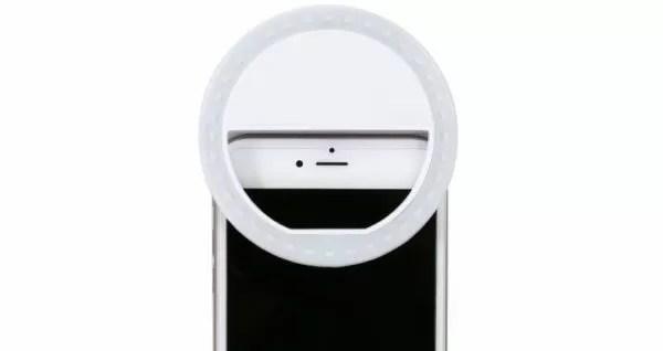 Esempio di luci supplementari per selfie