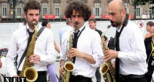 Уличный духовой оркестр Турин Италия