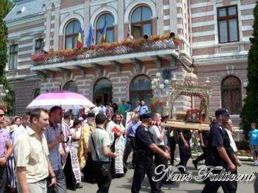 procesiune oprire Primaria Falticeni 2