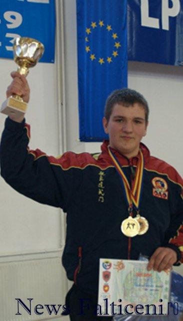 Falticeni-Mures Cosmin premii II si III la Campionatele Nationale
