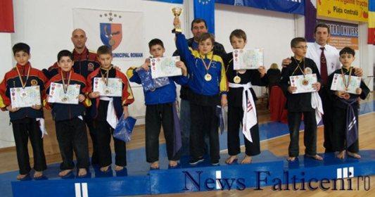 Falticeni-locul III la Campionatele nationale impreuna cu instructorul Maxim