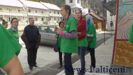Falticeni-In vizita la manastire 2