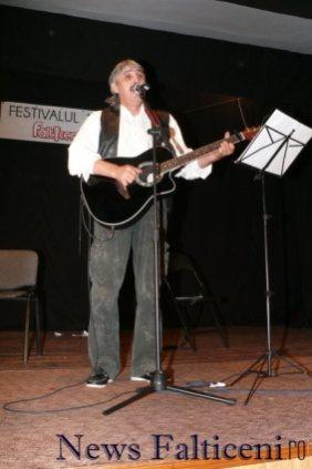 Falticeni-Vasile Mardare in recital