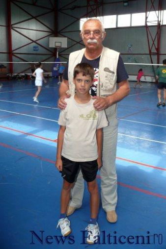 Falticeni-vicepresedintele Agapi si campionul national Victor Zarzu