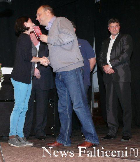 Falticeni-Ovidiu Dontu premiaza