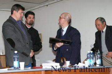 Falticeni-Acordare diploma Asoc Falticeni Cultural