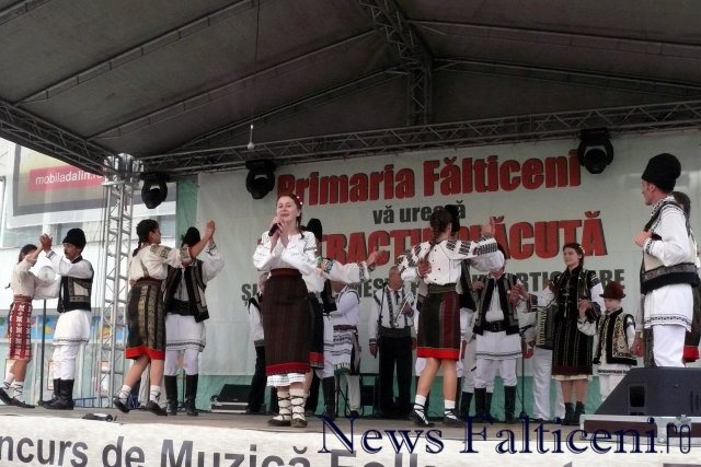 Falticeni-spectacol folcloric 10