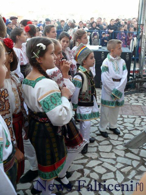 Falticeni-spectacol folcloric 4