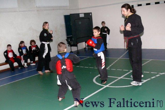 Falticeni-Antrenament lupte 2