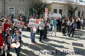 Falticeni-mars pt viata 11
