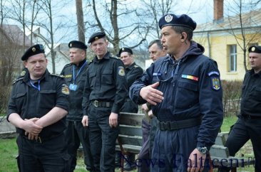 Falticeni-carabinieri Moldova 4
