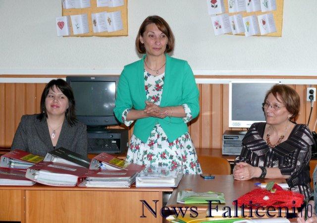 Falticeni-conducerea scolii prezinta proiectele eco