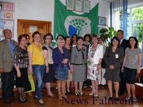 Falticeni-profesorii implicati in proiecte si echipa de evaluatori