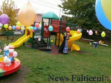 Falticeni-sfintire parc joaca 1