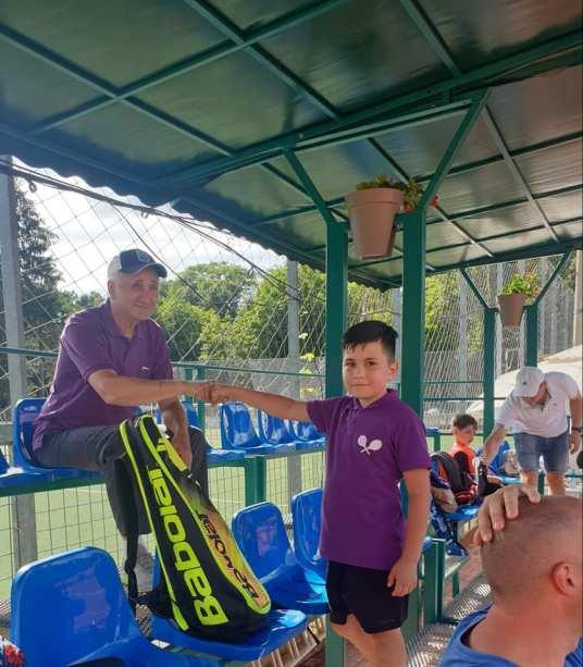 tenis Bistrita 4 Marcel Dascalu si unul din jucatori