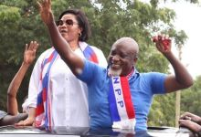 Photo of VIDEO: Gospel Musician 'Empress' Gifty Osei Seen Campaigning For NPP
