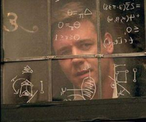 """Russell Crowe in """"A Beautiful Mind."""" (Imagine Entertainment)"""