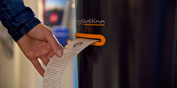 Nella Tube di Londra i distributori di cultura: racconti brevi per i pendolari