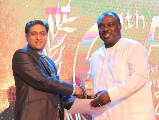 Mr. Arun Patil, Managing Director of Sterling International receiving the award from Honorable Deputy Minister of Trade and Industries, Mr. Robert Ahomka Lindsey( right).