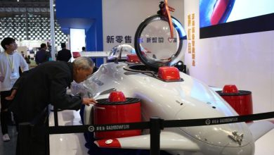 "The 11,000-meter submersible ""Rainbow Fish"" is exhibited at the China (Shanghai) International Technology Fair. (Photo by Yicai.com)"