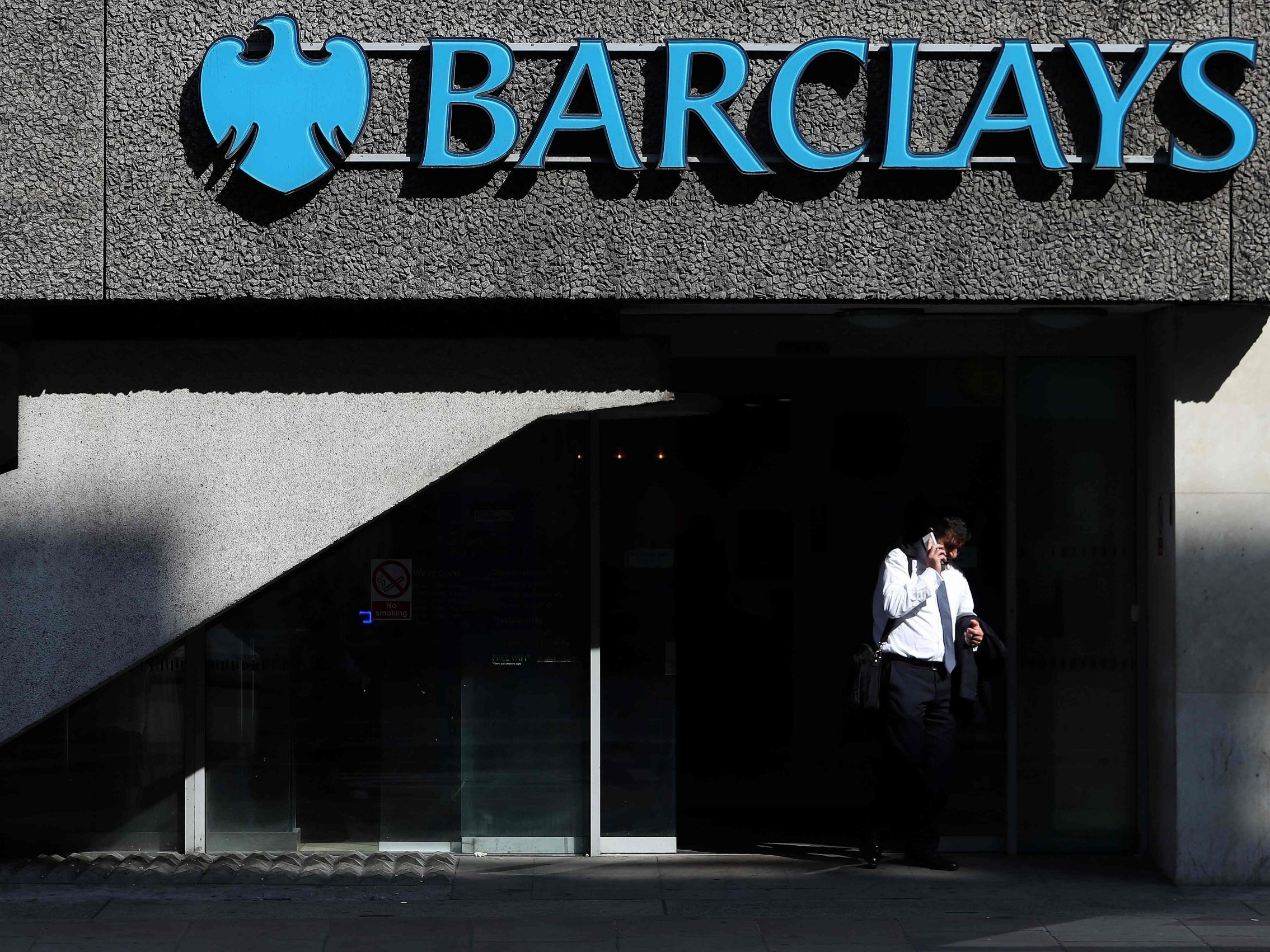 Barclays customers still complaining of online banking