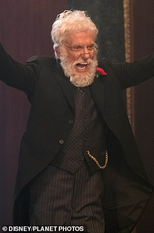 Van Dyke is pictured in Mary Poppins Returns (2018)