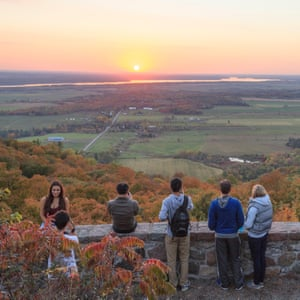 Watching sunset at the Champlain Lookout in the fall in the Gatineau Park
