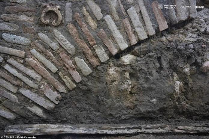 Archaeologists founds carvings around the tunnel, which suggest it was built in the 15th century