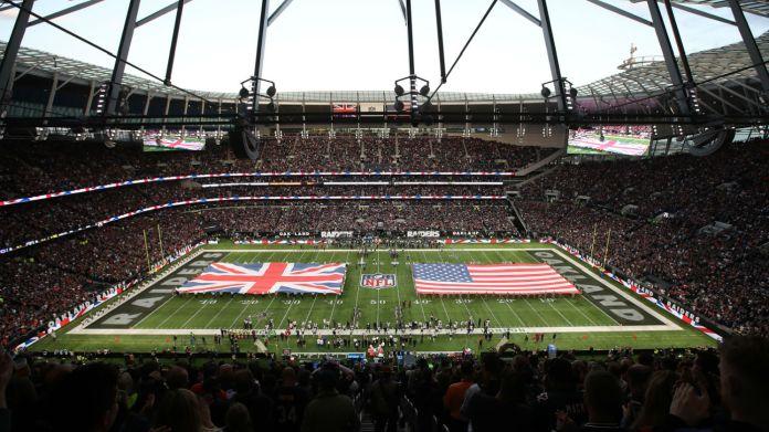 Oakland Raiders beat the Chicago Bears 24-21 at the Tottenham Hotspur Stadium on 6 October