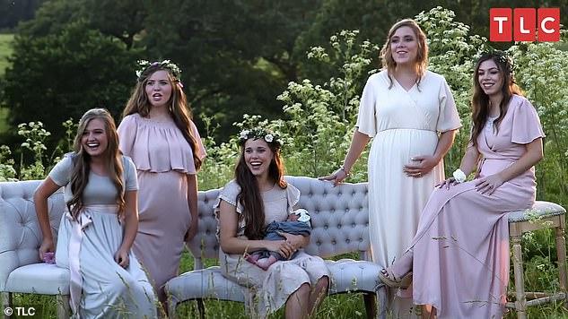 Another pregnancy? Shocker! Kendra, Joy Anna, Jessa, Anna, and Lauren (left to right) were shocked when Abbie showed up