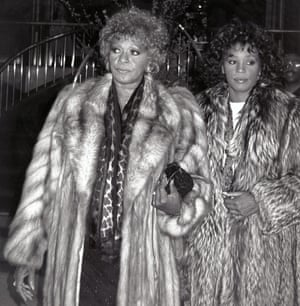 Whitney Houston with her mother, Cissy, in 1989