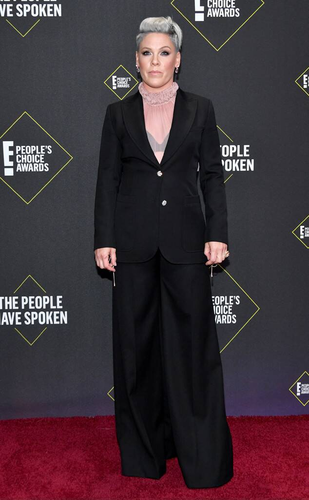 Pink, 2019 E! People's Choice Awards, Red Carpet Fashion