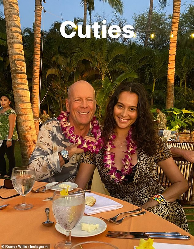 Here's to 2020! The family's outing comes after they rung in the New Year in Hawaii together