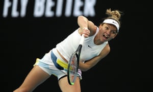 Simona Halep takes first set.